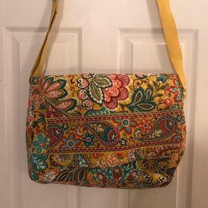 Vera Bradley messenger/laptop bag 💼